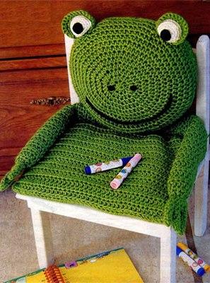 Забавная подушка для детского стульчика.  Вам потребуется: 350 г...