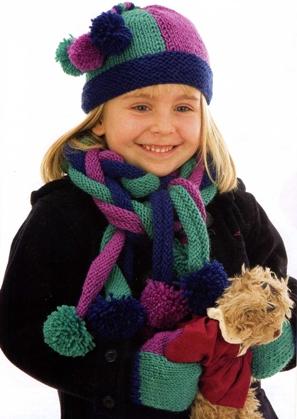 Вязанные шапки для девочек крючком.