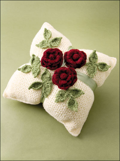 Roses Crochet Throungh the Home.