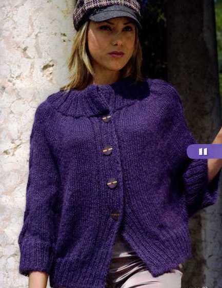 Модная кофта из мохера Пушистая теплая кофта с модными пропорциями выполнена спицами из мохера.  Размер: 42-44.