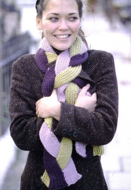 В этой подборке у нас будут вязаные шарфы, не просто красивые, а... Шарф...
