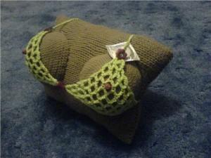 вязание подушка-грудь