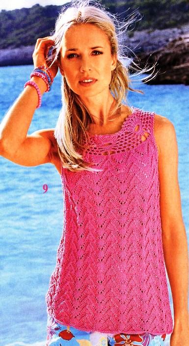 Вязание спицами: Топ с кружевной кокеткой.