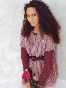 вязаный жилет и пуловер