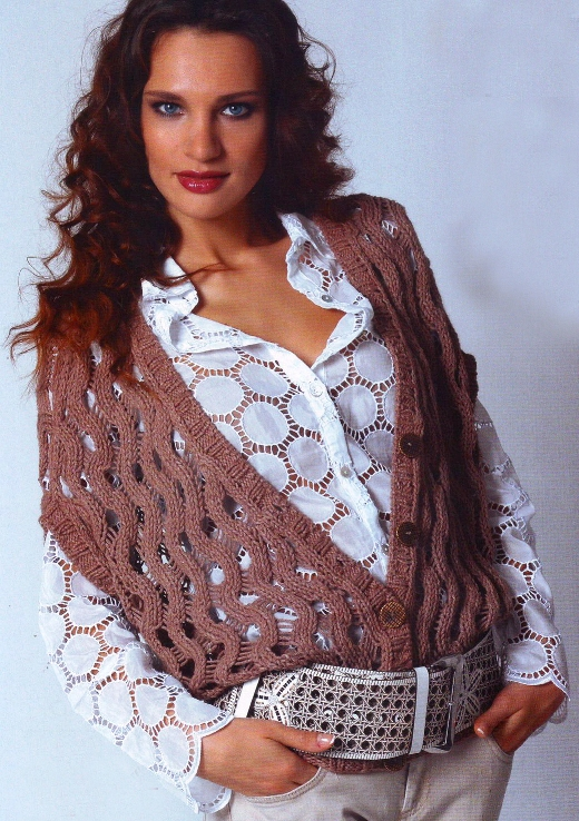 Вязаная ажурная жилетка для женщин