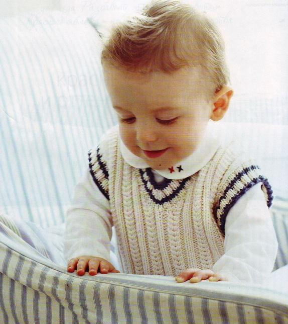 жилеты вязаные спицами для детей.