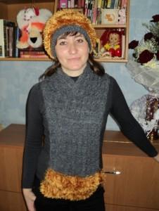 вязаный шарф и шапка из травки