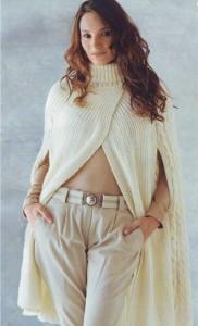 вязаное пальто-накидка