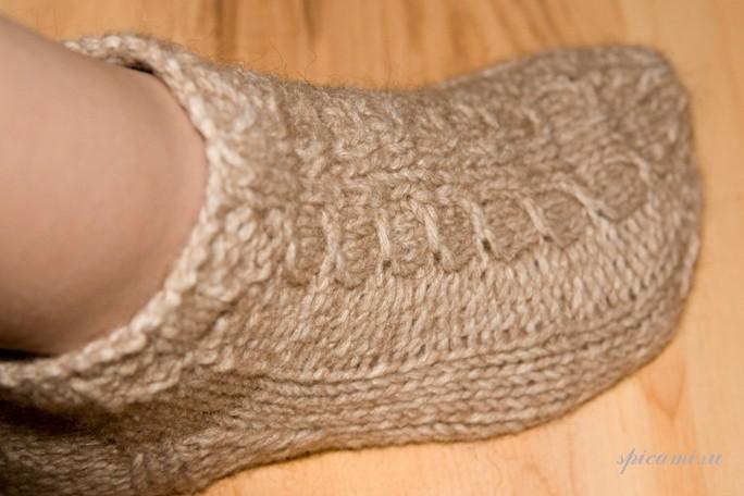 Вязанный крючком шарф-шапка
