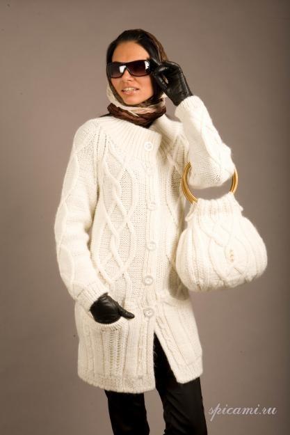 Описание: вязаное пальто своими руками.