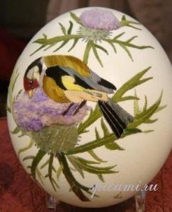 вышиваем яйца