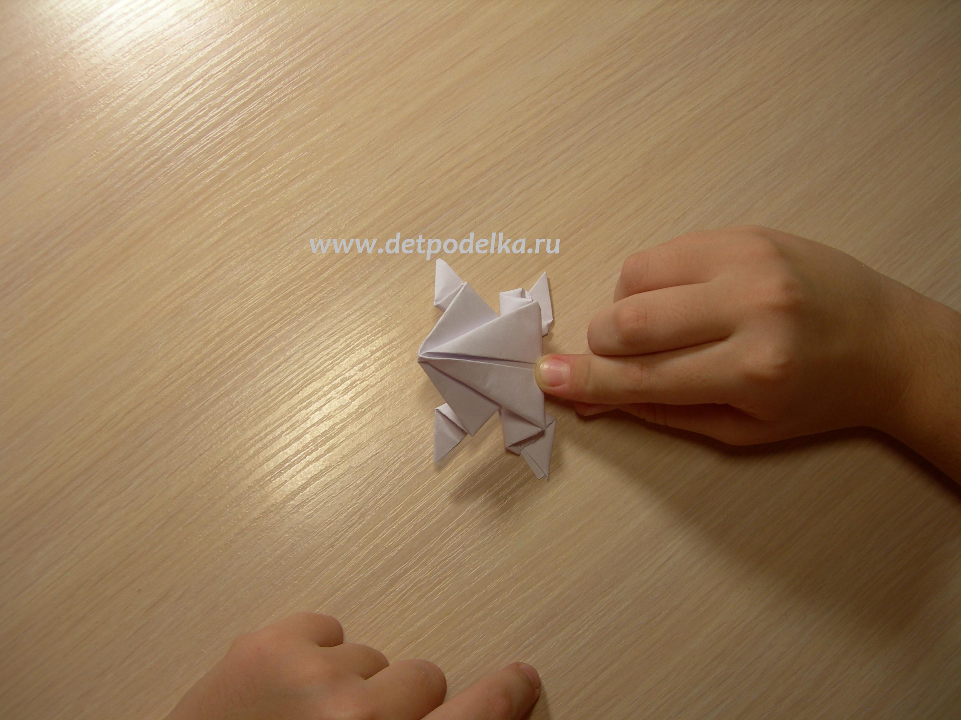 Бумажный лягушка как сделать фото