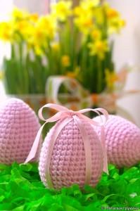 вязаное яйцо