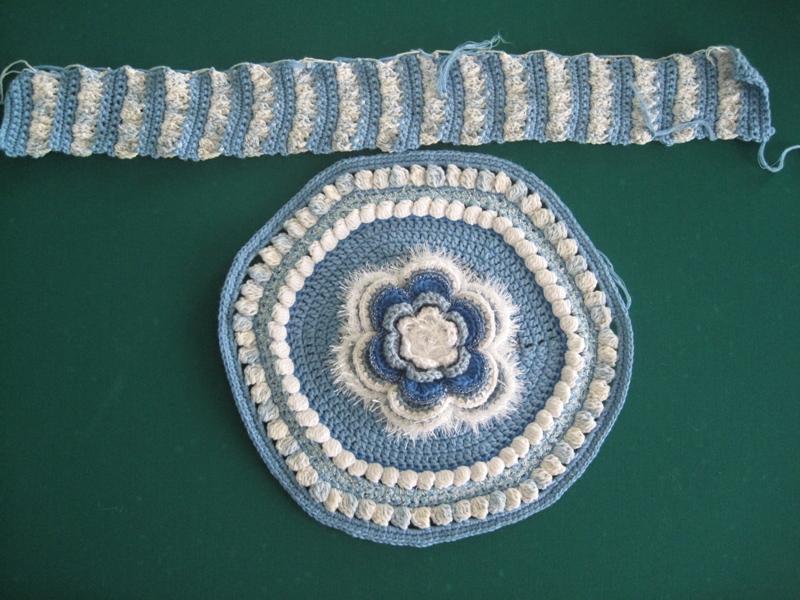 схема детской вязаной пинетки крючком