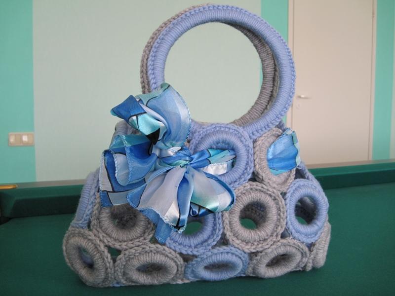 Вязаная сумка от Dolce&Gabbana