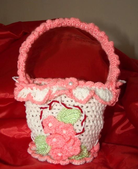 Вязаная спицами сумочка для девочки своими руками 34