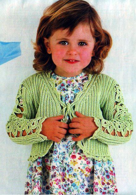 Автор:Admin.  Вязаная кофточка для девочки Вязание.