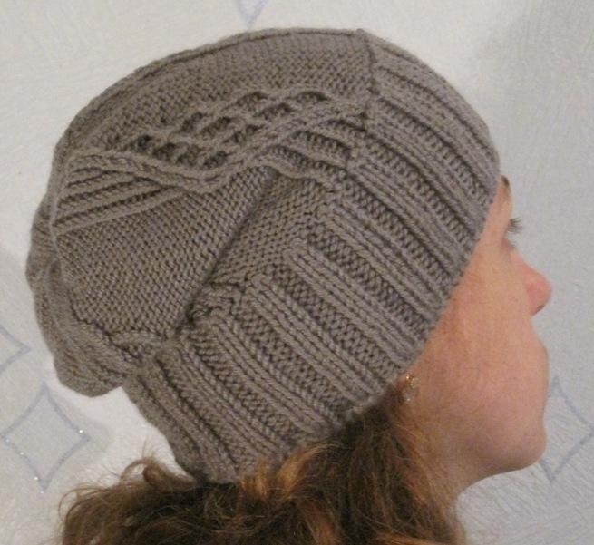 Вязаные шапки своими руками для женщин-спицами6