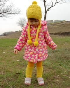 вязаная шапочка с ушками для девочки