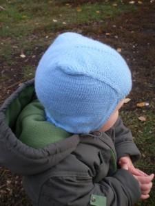 шапка шлем спицами
