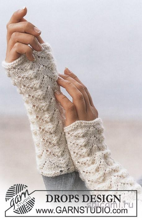 вязанные длинные перчатки косичкой схема