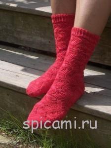 вяжем красивые ажурные носки