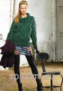 вязаный пуловер с узором из кос