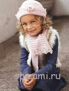 шапочка и шарфик для девочки крючком