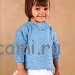 Голубой пуловер для девочки