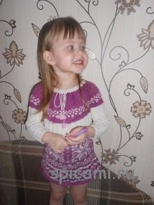 платье для девочки с жакардом