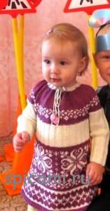 вязаное платье для девочки спицами