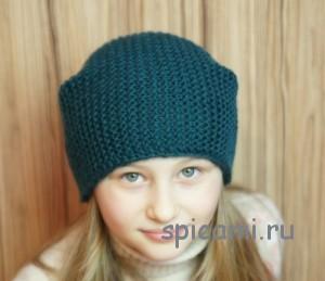 вязаная шапка платочной вязкой