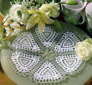 Бело-зелёная салфетка