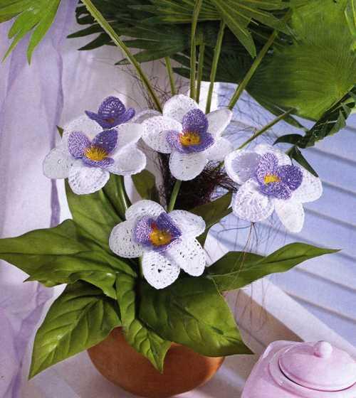 Вязаные цветы (клематисы)