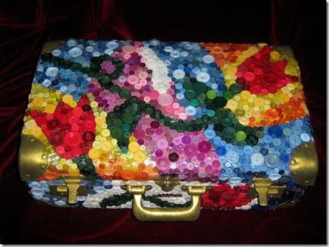 Делаем из старого чемодана новый