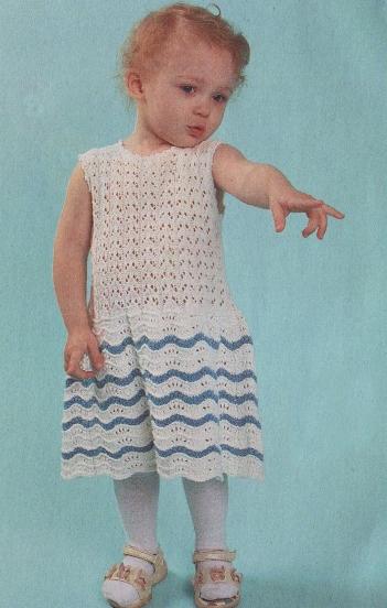 Ажурное платье с воланами