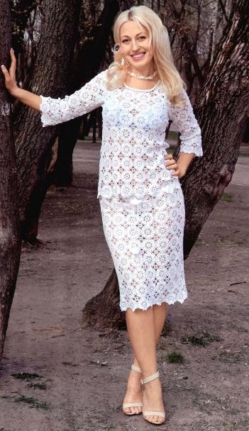 Ажурный комплект: кофточка и юбка
