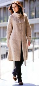 пальто связано спицами