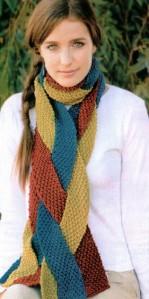 вязаный шарф из полос