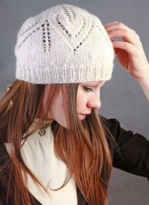 вязаная шапочка спицами