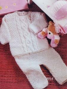 свитер и штанишки спицами