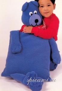 вязаная подушка для ребенка