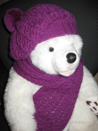Детский комплект: шарфик и берет