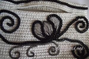 вышивка на сумочке
