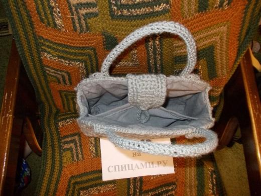 Серая сумочка. Фото 4.