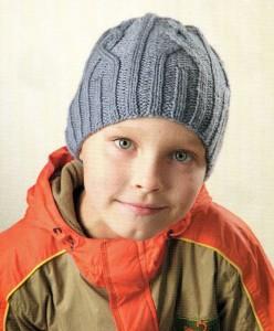 вязаная шапочка для мальчика с описанием