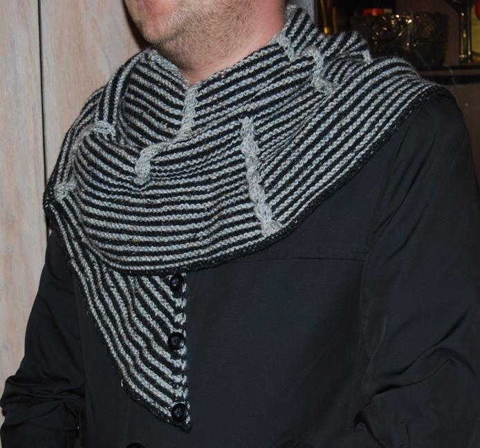 Стильный мужской шарф-платок