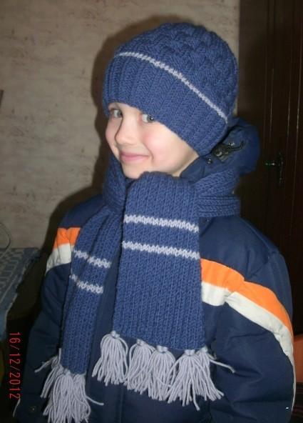 вязаная шапочка и шарф для мальчика
