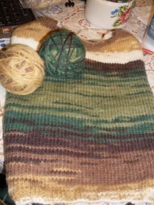 вяжем свитер спинка