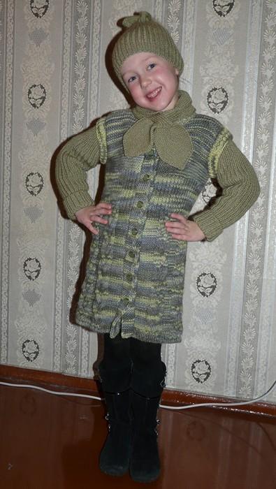Вязаное пальто, шапочка и шарфик на весну
